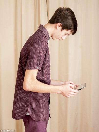 smartphone hump